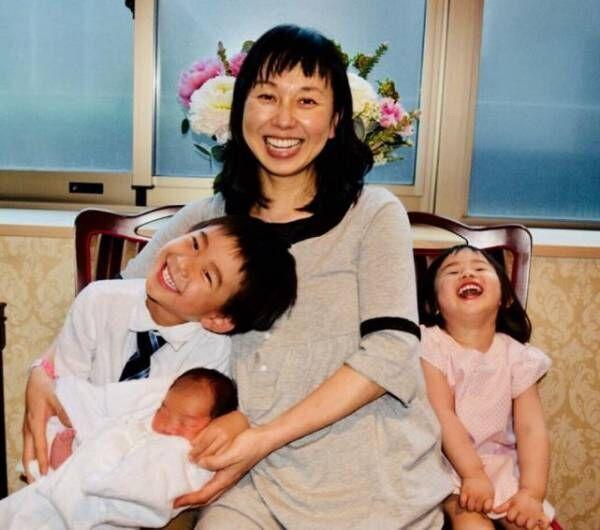 東尾理子、次女誕生で長男長女も大喜び「既に取り合いをする程」
