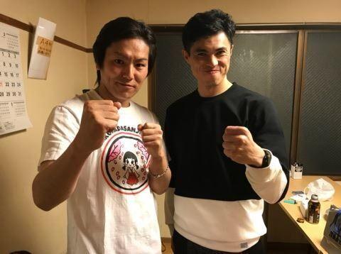 小島よしおと狩野英孝の震災復興ライブが満員御礼、売上を寄付