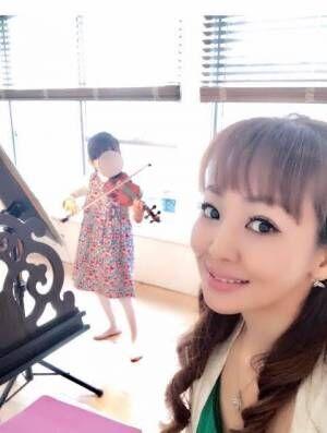 神田うの、娘のスパルタなバイオリン稽古に驚き「野球の1000本ノックと一緒だ」