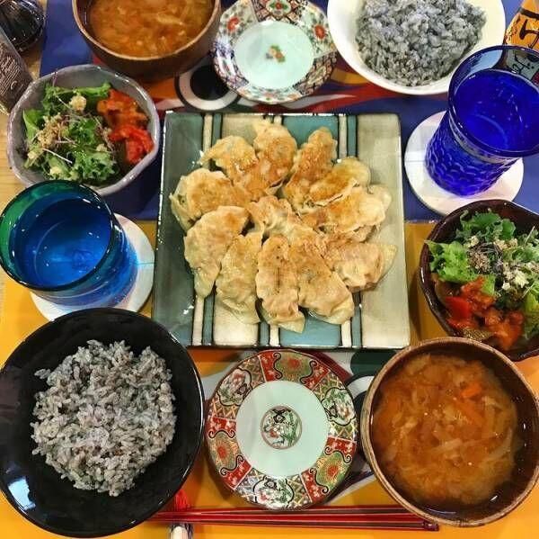 PINKY、夫・窪塚洋介のリクエストで手作り餃子「家のが一番美味しい」