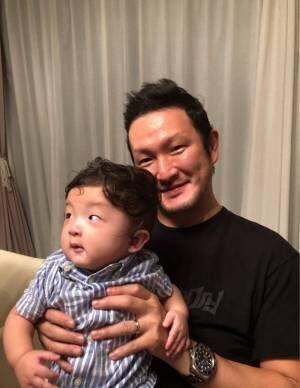 市川海老蔵、中村獅童夫婦が息子を連れて自宅BBQへ「顔が同じ過ぎて感動してます笑」