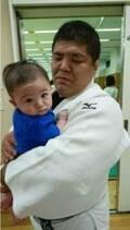 末永遥、4か月の息子が夫・泉浩に連れられ道場デビュー「練習に連れて行ってもらったよ」