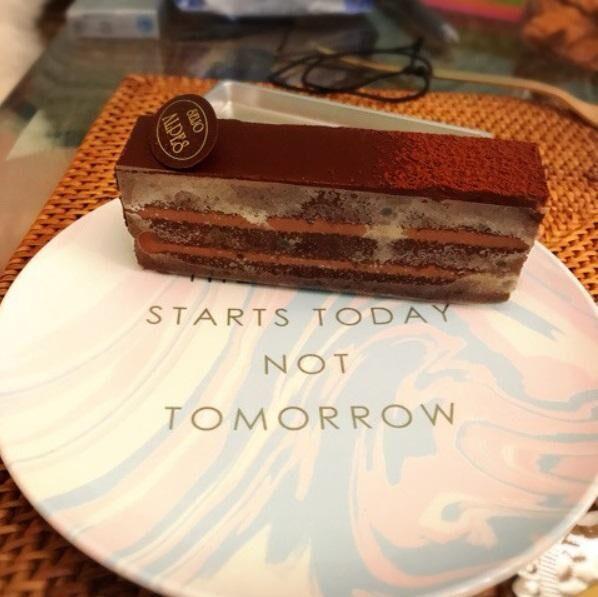 キンタロー。ケーキの誘惑に負けたことを告白「今日だけ許してちょ」