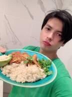 アレク、スパイスを混ぜて作ったカレー「一皿、、、原価1000円くらい」