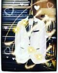 """城咲仁、ホスト復帰で""""限定白スーツ""""を公開「王子感」「素敵」の声"""