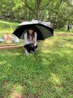 倉科カナ『刑事7人』撮影現場で四つ葉のクローバー探す姿に「ほっこり」の声