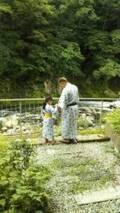 サンド伊達、家族旅行へ行き娘との2ショットを公開「かわいい!!」「癒される~」の声
