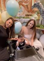GENKING、道端アンジェリカの息子の誕生日会での3ショット公開に「美しい」の声