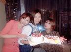 矢口真里、手島優と朝日奈央の誕生日をお祝い「みんなちょっとずつ涙出てた」