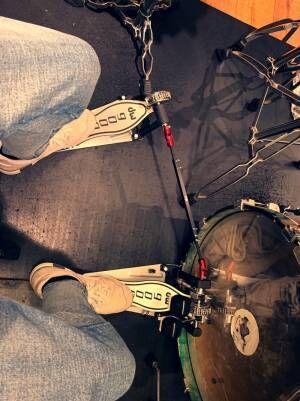 Nosuke、早起きしてドラムの練習「5年ぶりくらいにツインペダルに挑戦致します」