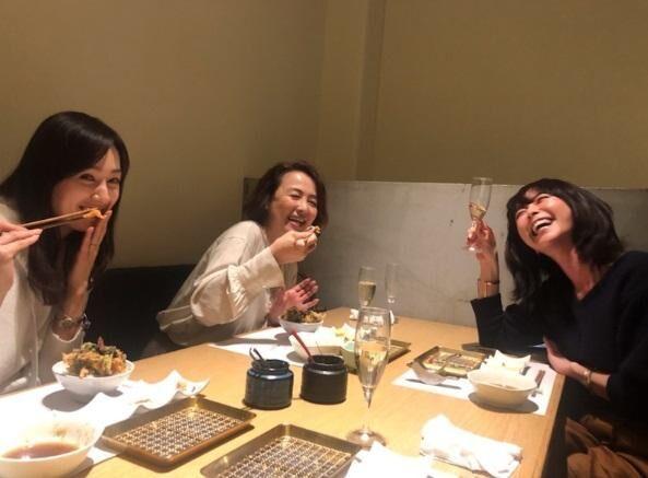 白城あやか、河野景子さんらとの女子会ショットを公開「なんて幸せなひと時」