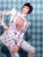 叶恭子、新しい『ジョジョ』男装コスプレ披露に称賛の声「完璧すぎ」「射抜かれます」