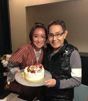 加藤茶、妻・綾菜さんの誕生日に2ショット「嫁さんが酔ってしまい 顔が真っ赤」