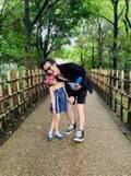 大沢樹生、動物園で娘との笑顔2ショットを公開「デートみたい」「笑顔が素敵」の声