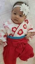 小原正子、袴ロンパースを着た娘の姿に「可愛すぎ」「最高」の声