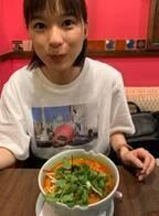 芳根京子、パクチー克服の催眠術をかけられたその後を語る「母は驚愕していました」