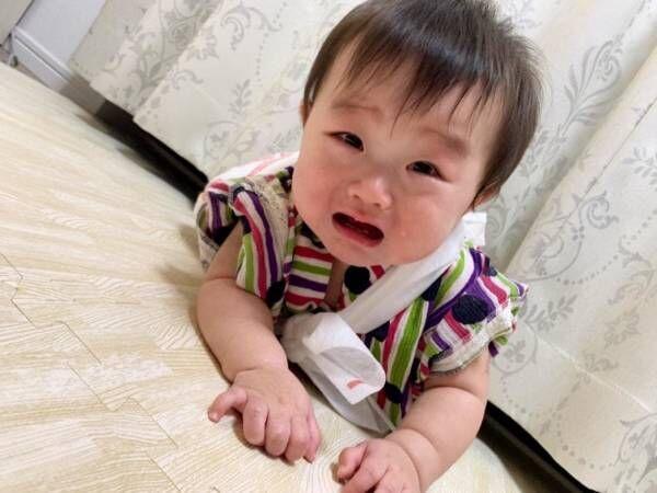 浜田ブリトニー、娘・雫ちゃんが1歳を迎え一升餅で大泣きするも「途中から得意げにハイハイ」