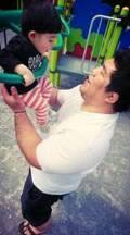 末永遥、息子と遊ぶ夫・泉浩氏の胸筋に感嘆「しかし巨乳な父ちゃんだ…」
