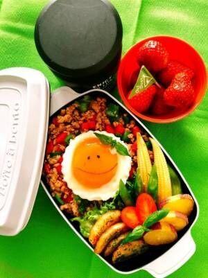 渡辺美奈代、次男のガパオライス弁当を公開に「凄く可愛い」「美味しそう」の声