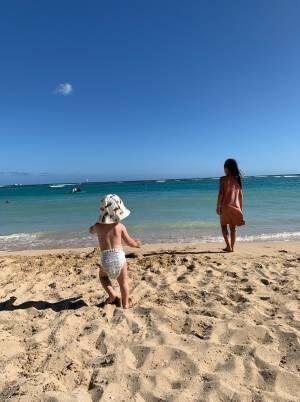 吉川ひなの、夏休みに子ども達とハワイへ「思いっきり楽しもう~~」