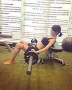 釈由美子、トレーニングの様子を公開「バーベルに25キロずつの重り」