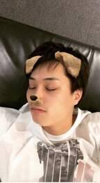 鈴木伸之、アプリで加工した仮眠ショットに「のぶワンコ可愛い過ぎ」「キュンキュン」の声