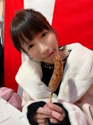 もえあず、酉の市で屋台飯を堪能「あれ?茶色いものしか食べてへん」