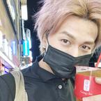 ボイメン小林豊、K-POP意識した写真披露に「カッコ良すぎ」「めっちゃいい!」の声