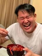 花田虎上、自宅で伊勢海老などの海鮮を調理「豪華」「新鮮で美味しそう」の声