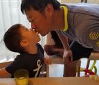 小原正子、夫と息子のラブラブな姿を公開「当たり前だけどお父さんが大好き」