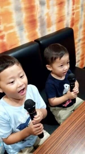小原正子、息子たちとのカラオケで感じた成長「凄い」「可愛い」の声