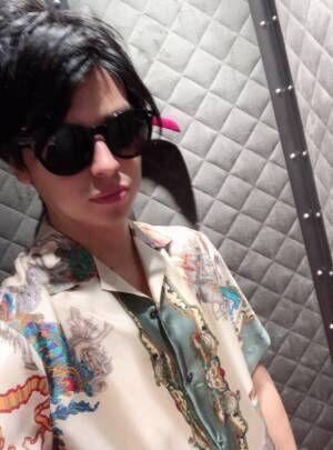 川崎希&アレク、GUCCIで28万円の買い物「持つべきものは良い奥さんだな」