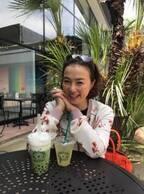 河野景子さん、お気に入りの店で娘とデートし「ついつい笑顔になっちゃいます」