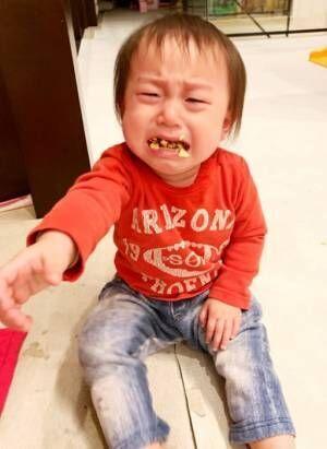 """東尾理子、次女が""""お気に入り""""を没収され泣いている写真を公開「可愛過ぎ」「気持ちわかる」の声"""