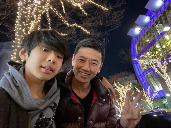 大浦龍宇一、息子との久々2ショットを公開「許可が奇跡的に取れたので」