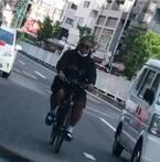 """アントニー、自転車で""""爆走してる""""写真を公開「恥ずかしい。。。」"""