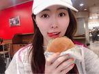 SKE48・松井珠理奈、5時に起き朝バーガーを堪能「テンションが上がりました」