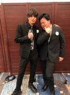 エハラマサヒロ、俳優活動再開した山本裕典との2ショットを公開「どんだけ顔の大きさ違うんだよ!!」