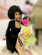 窪塚洋介の妻・PINKY、娘との仮装写真を公開「ハロウィンをとても楽しみにしていた」
