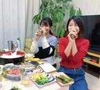 三倉佳奈、入籍発表した姉・茉奈と一緒に節分「2人で本気の恵方巻き!」