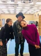 ともさかりえ、稲垣吾郎ら出演者の休憩中の様子を明かす「もう!なんてカッコいいの…」