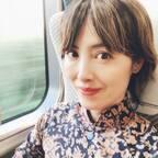 荻野目洋子、姉が譲ってくれたお気に入りの1着を披露「カッコイイー」「素敵」の声