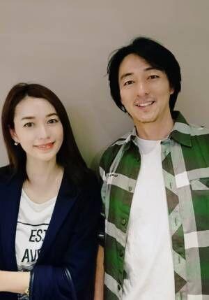 細川直美、夫・葛山信吾の誕生日に2ショット公開「美男美女!」「憧れの御夫婦」の声