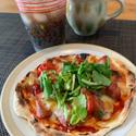 """三倉茉奈、ピザを生地から手作りする""""マイブーム""""に「美味しそう」「いい感じ」の声"""