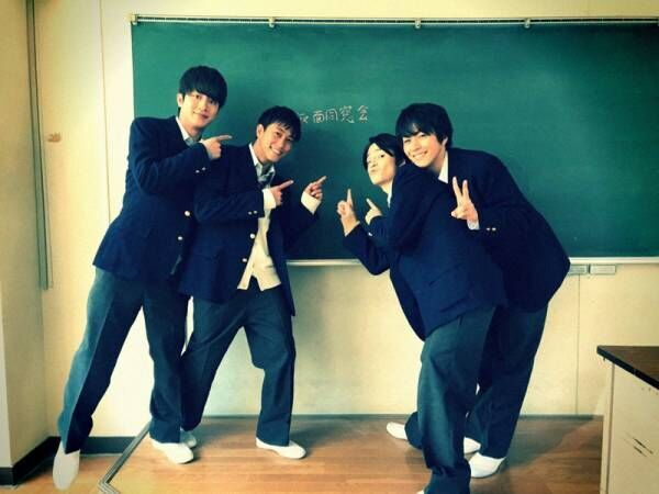 溝端淳平ら『仮面同窓会』メンバーの集合ショットを公開「こんなに仲良しなのに」