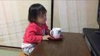 """金田朋子、娘の""""ティータイム""""ショットに「風格漂ってる」「なんだか昭和チック」の声"""