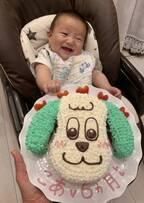 杉浦太陽&辻希美、三男のハーフバースデーケーキを公開「母の愛が炸裂です」