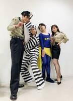 新木優子、高良健吾・田中みな実らと「かなり個性的な衣装」のオフショットを公開