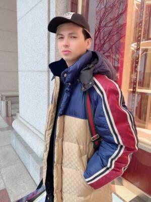 """川崎希、夫・アレクに『GUCCI』で""""40万円""""のアウター購入「買ってもらう作戦だったらしい」"""