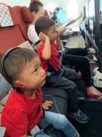 小原正子、機内で感じた息子たちの成長「感激~!」